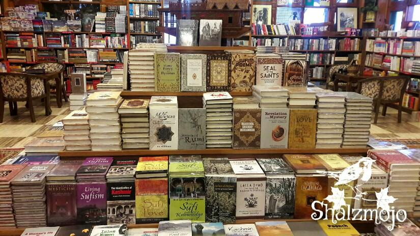 #KashmirTravelDiaries: Gulshan Books