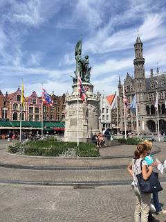 Tryst with Brugge [ #Guestpost ]